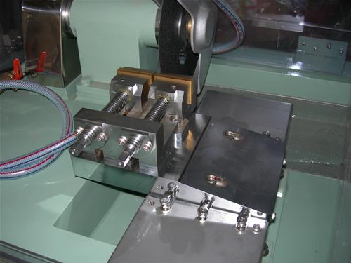 クリンカット 精密試料切断機 自動切断タイプ