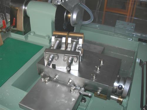 クリンカット 精密試料切断機 手動切断タイプ